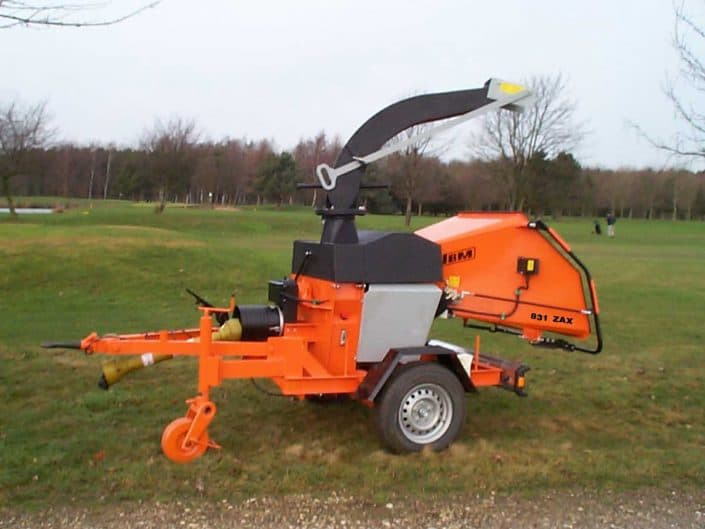 PTO Wood Chipper on Axle JBM 831 ZAX