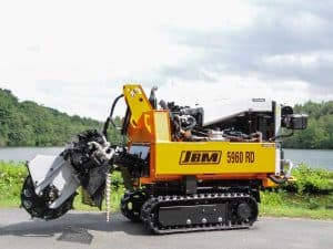 Tracked stump grinder: Robust Hinowa chassis