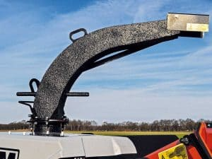 Tracked chipper: Easy disposal of material